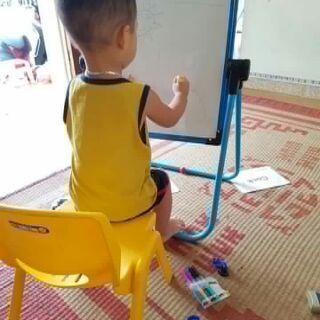 Bảng từ tập vẽ cho bé