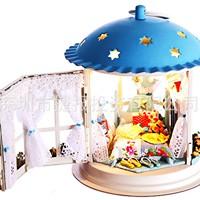 Mô hình nhà búp bê gỗ - Căn phòng ngủ trong mô hình đèn siêu lung linh (N13-A)