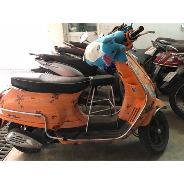 Ghế ngồi xe máy cho bé xe Vespa – Vespa Sprint – Primavera không tựa