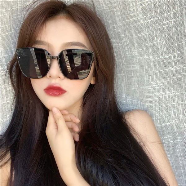 ⊕◕☒2019 the new tide fashion street snap and women sunglasses frame ins round thin han edition retro red sun glasses