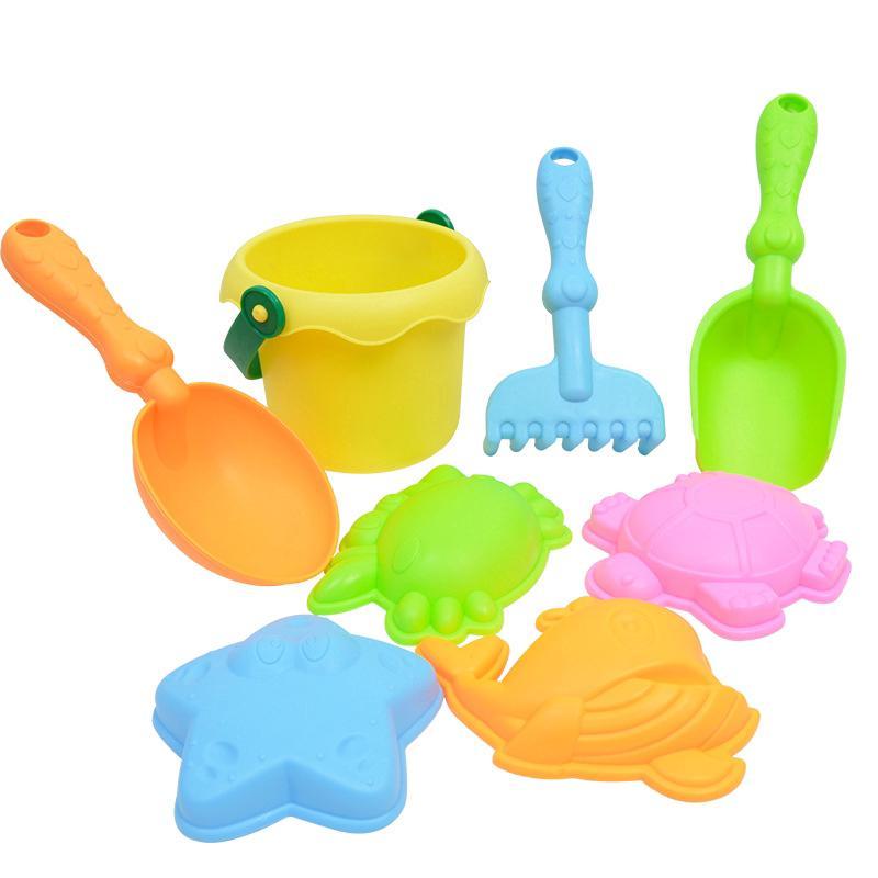Summer children's beach toy set, play toys.