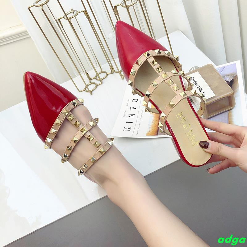 Slippers women wear summer fashion 2019 new pointed flat rivet baotou sandals lazy cool sandals Mules shoes