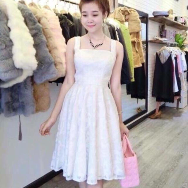 Đầm xoè ren trắng 2 dây và ảnh thật