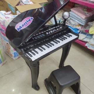 Đàn piano winfun – quà bỉm merries