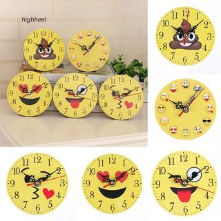 Đồng hồ treo tường in biểu cảm khuôn mặt đa dạng thời trang tiện dụng