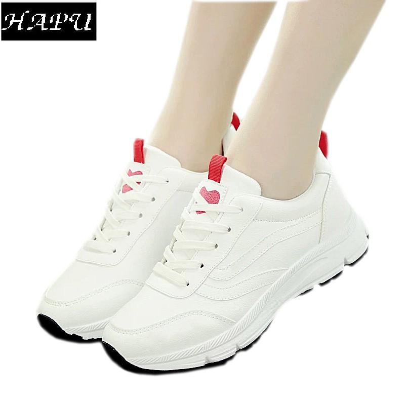 Giày nữ HAPU da trơn không chữ trái tim ở mũi, đỏ và đen