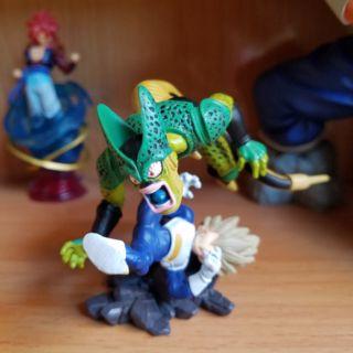 Mô hình Dragon Ball_Vegeta Vs Cell