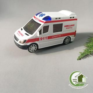 Xe cấp cứu chạy bin - xe cứu thương có đèn hú và còi hiệu cao cấp ( 16 x 8,5 x 7cm ) thumbnail