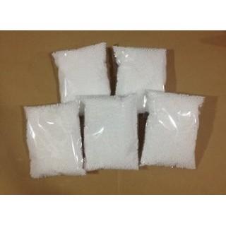 Hạt xốp màu trắng : 150k / 10bịch