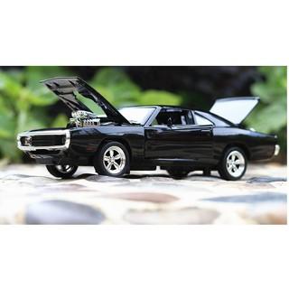 Xe mô hình siêu tốc độ Dodge Fast & Furious 7 màu đen