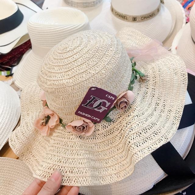 Nón cối thời trang- nón đi biển