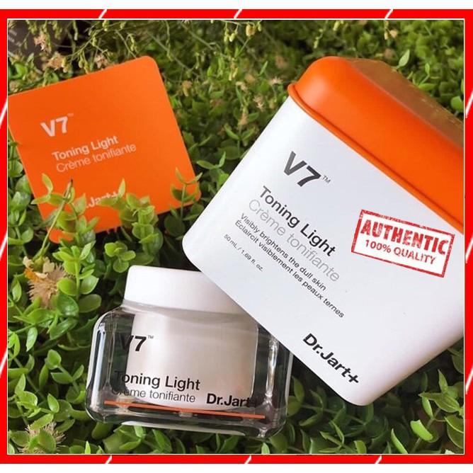 Kem dưỡng trắng da V7 Toning Light 50ml Tái Tạo Và phục Hồi lÀp�z��