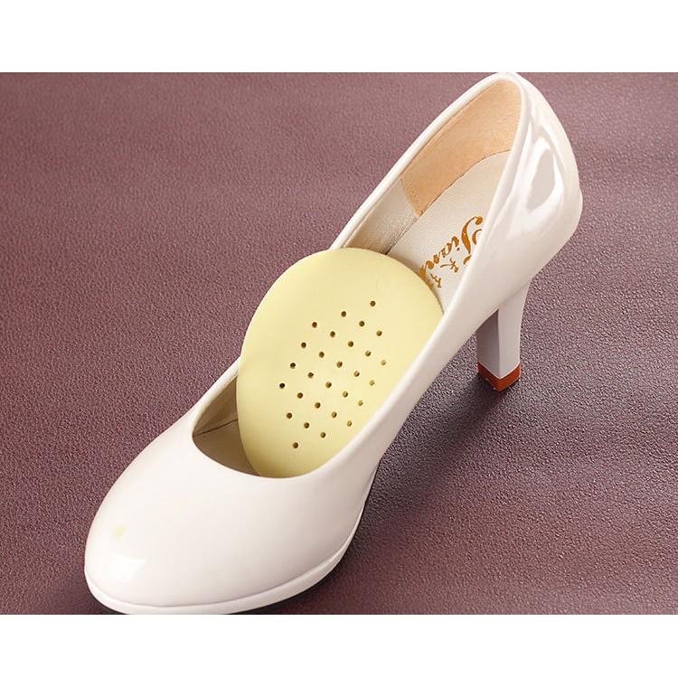 Miếng lót giày có lỗ thoát hơi chống mùi hôi chân (2 miếng)