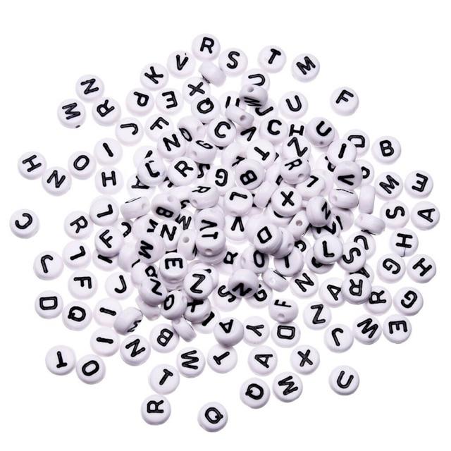 Bộ 100 hạt chữ cái nhựa