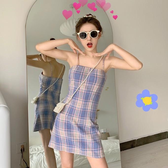 Đầm hai dây kẻ sọc ca rô thời trang Hàn Quốc quyến rũ cho nữ