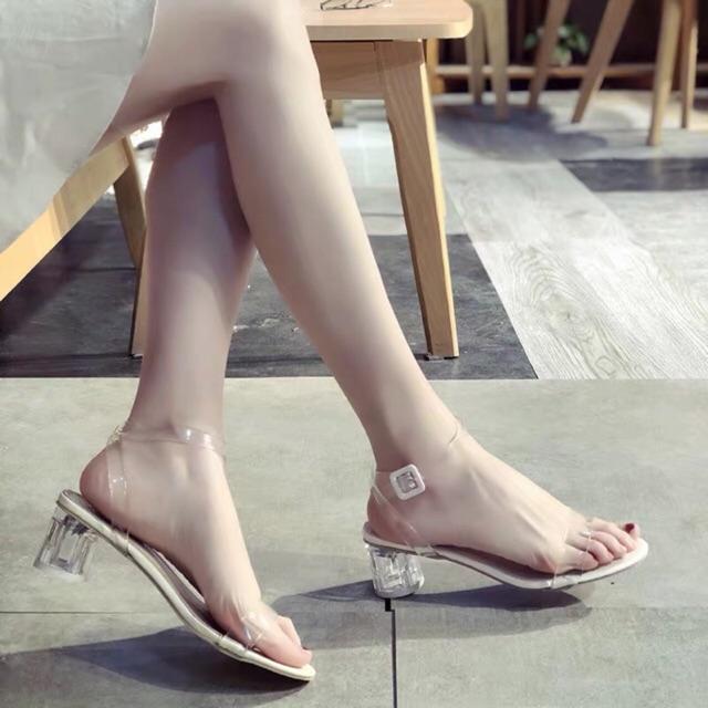 (S99) Sandal quai trong đế trắng