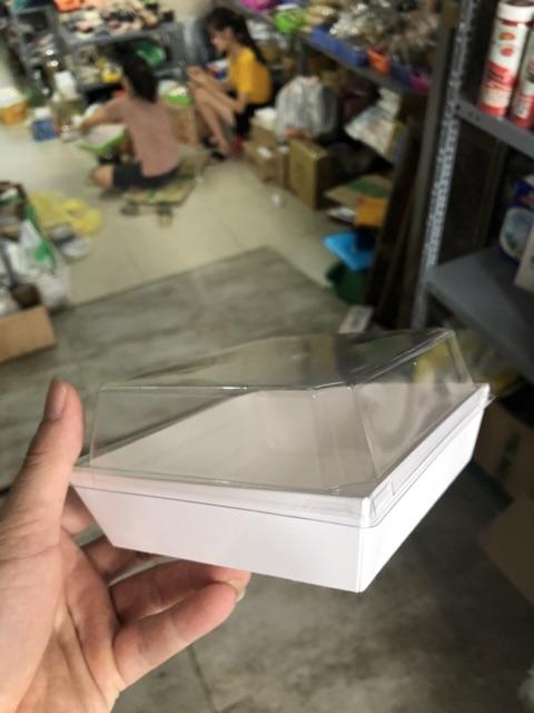 Bịch 10 hộp giấy vuông màu trắng nắp pet trong