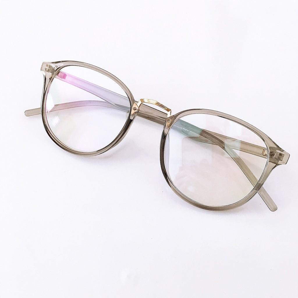 Gọng kính tròn 209 đã đeo là XINH -Nhận Cắt Mắt-Tặng kèm hộp+khăn+Chai nước lau kính