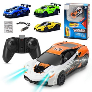 2018 Wall Racing Ceiling Glass Climbing Remote Control Car Toys
