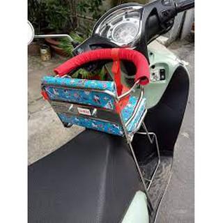 Ghế ngồi xe máy cho bé ( có vòng inox bảo vệ)