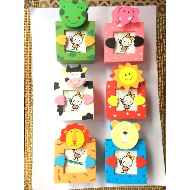Cắm bút kiêm khung ảnh mini có cả kẹp ảnh bằng gỗ siêu cute