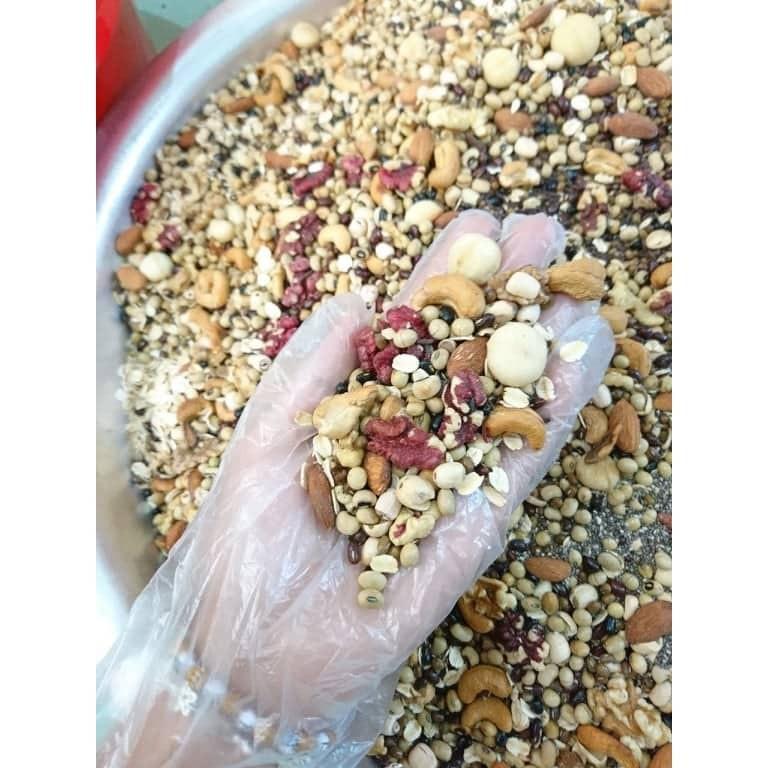 Ngũ cốc Cô Thắm 18 hạt dinh dưỡng( ngũ cốc dinh dưỡng, tăng cân, giảm cân, nội tiết, lợi sữa, bột ăn dặm.)..)