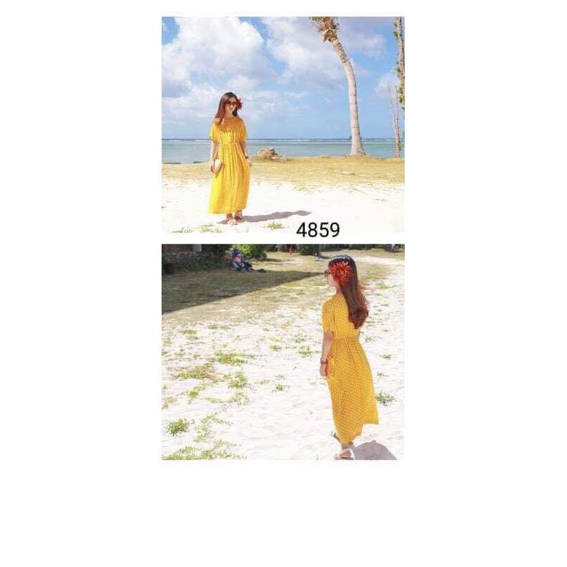Váy memene chấm bi vàng cho các bạn lớn, diện đi du lịch quá hợp luôn, size to mẹ tầm dưới 50kg diện ok ạ. -hàn