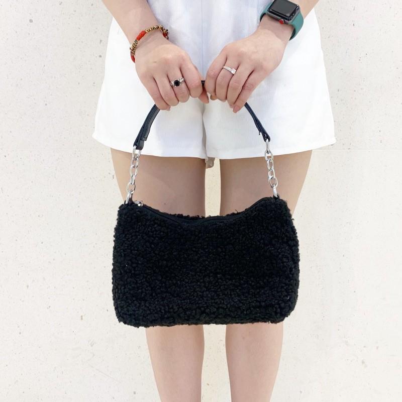 Túi đeo chéo nữ lông cừu xu hướng 2021 Trendy Woolly