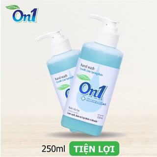 Nước rửa tay sạch khuẩn On1 250ml hương Lotus Rice - RT250-3