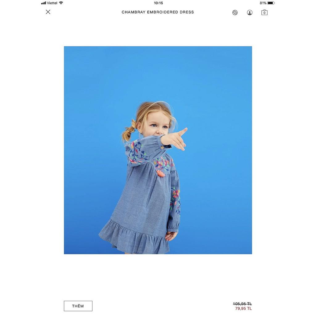 M1792 - Váy Denim Zara thêu hoa ngực bé gái