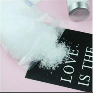 Tuyết nhựa (Tuyết giả)