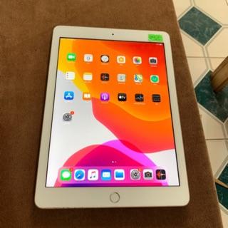 IPad gen 6 sử dụng Sim 4G và wifi 32GB màu trắng