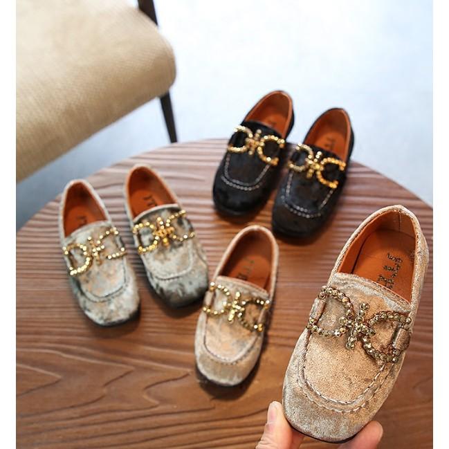 Giày búp bê cho bé chất nhung mịn trang trí kim loại