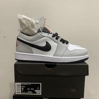 (SALE ) Giày Jordan Lightsmoke - Cổ thấp thumbnail