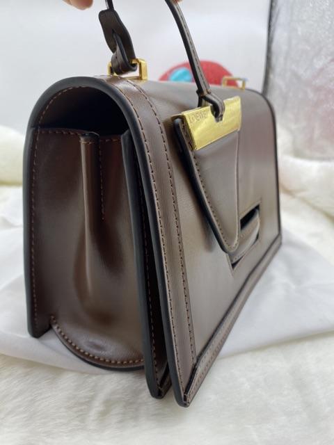 Túi xách đeo chéo nữ