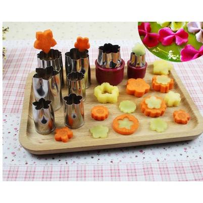 Khuôn cắt rau củ, tạo hình bánh quy đa năng 8 món