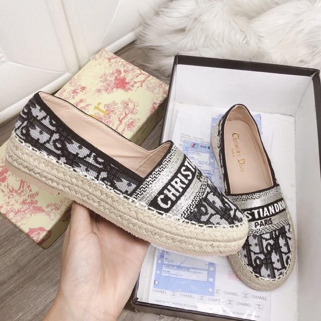 Giày sục kiểu mẫu paris viền cói mới