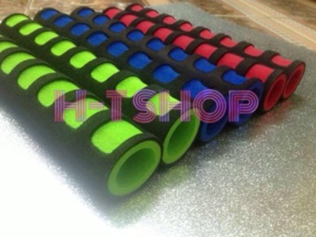 Combo 4 ống mút lót thanh đòn tập gym (loại 1 dày 8mm- giao màu ngẫu nhiên)