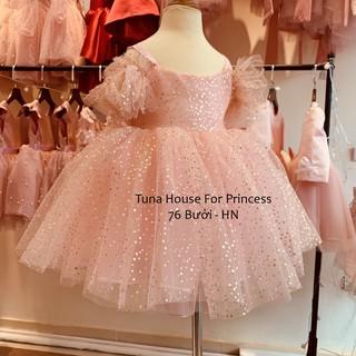 [Sẵn size 9-35kg] Váy đầm xoè công chúa thiết kế cho bé gái chấm bi nhũ trễ vai tặng băng đô – Tuna House For Princess