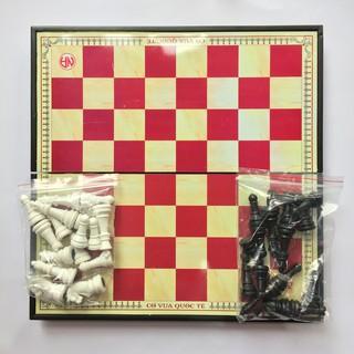 Bộ bàn cờ vua hộp nhựa bền đẹp phát triển trí não