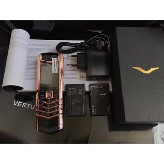 Điện thoại giá rẻ VT K8 lưng da tặng kèm pin (full box)