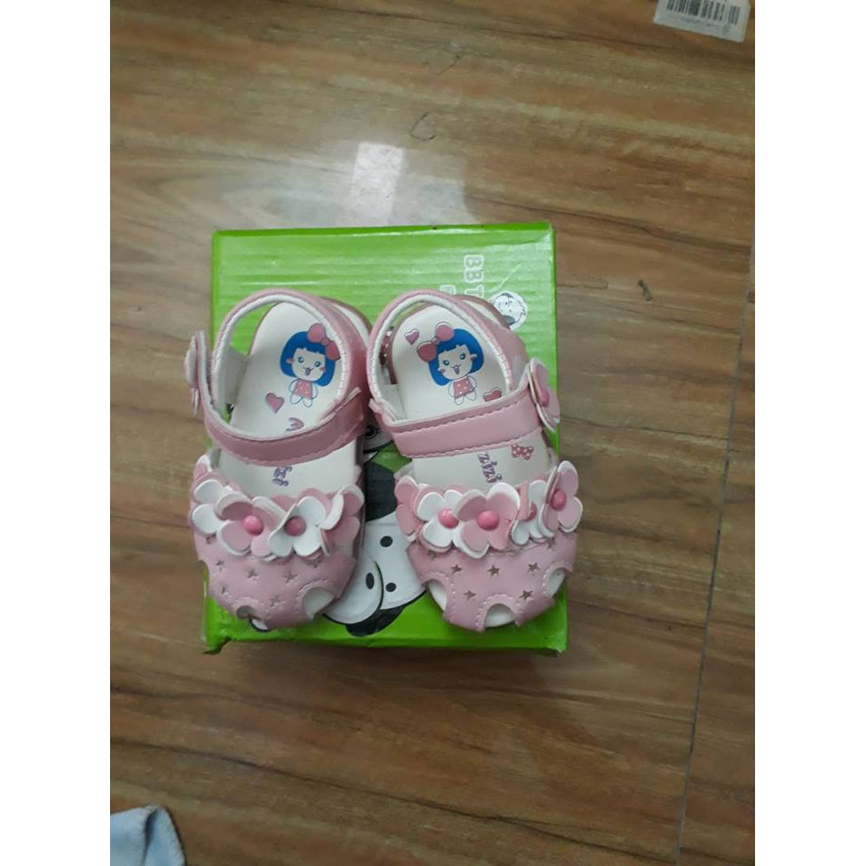 [Thanh lý] Giày hoa có đèn bé gái size 16