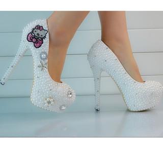 Com bo giày