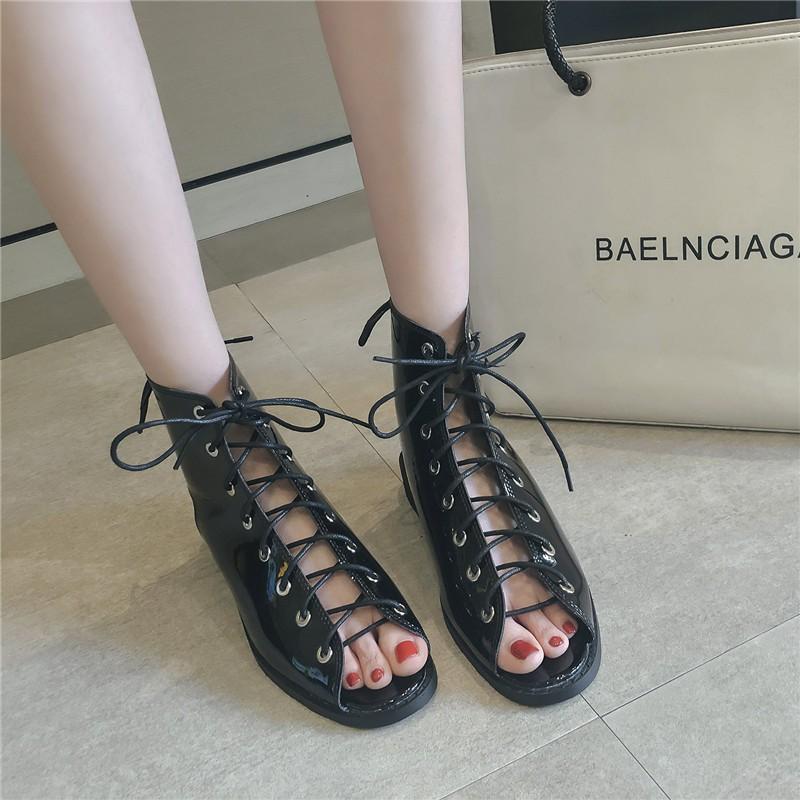 giày bốt cổ thấp thời trang dành cho nữ