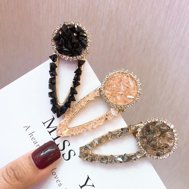 Kẹp tóc đính đá phong cách Hàn Quốc thanh lịch dành cho nữ - 14211948 , 2512169481 , 322_2512169481 , 101600 , Kep-toc-dinh-da-phong-cach-Han-Quoc-thanh-lich-danh-cho-nu-322_2512169481 , shopee.vn , Kẹp tóc đính đá phong cách Hàn Quốc thanh lịch dành cho nữ