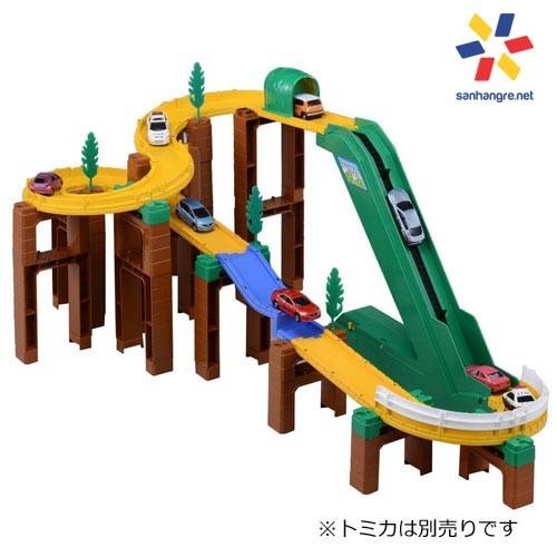 Bộ đồ chơi mô hình đường đua leo núi xe Tomica System - 2405675 , 115675811 , 322_115675811 , 1099000 , Bo-do-choi-mo-hinh-duong-dua-leo-nui-xe-Tomica-System-322_115675811 , shopee.vn , Bộ đồ chơi mô hình đường đua leo núi xe Tomica System