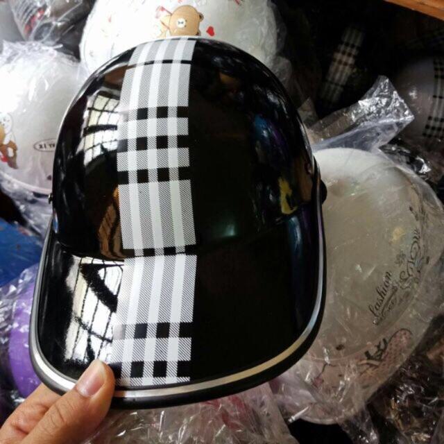 Mũ bảo hiểm xe máy thời trang cực đẹp