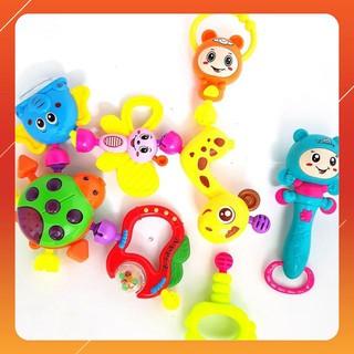 [KA] Bộ đồ chơi xúc xắc 8 món cho trẻ