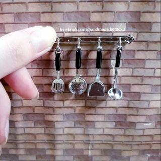 Đồ chơi miniature 1:12_ Bộ dụng cụ bếp