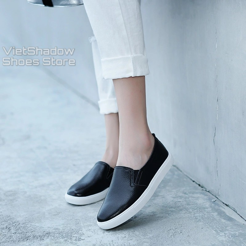 Slip on da nữ - Giày lười da nữ dáng classic - Chất liệu da bò phủ màu (trắng) và (đen) - Mã SP: 6688N/301